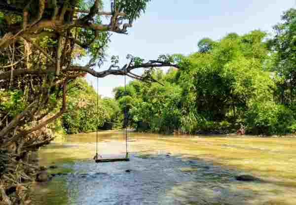 kampoeng wisata waterjump