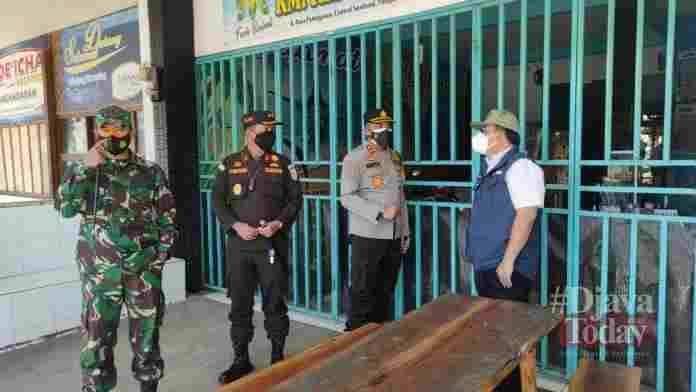 Satgas Covid-19 Pangandaran gelar monitoring penerapan PPKM Darurat di area obyek wisata, Rabu (7/7/2021).