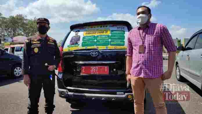 Kejari Ciamis Branding Mobil Dinas