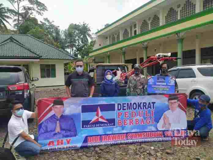 Genjot Produksi Tani di Ciamis, Anggota DPR RI Beri Bantuan Operasional