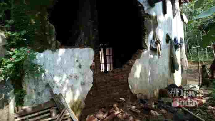 Rumah ambruk di Ciamis