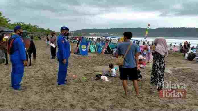 Wisata Pantai Pangandaran Dibuka