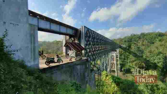 Keindahan jembatan cirahong